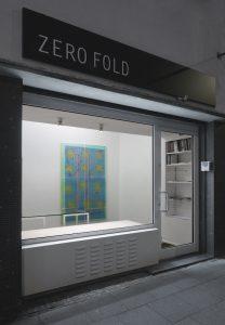 Christof John, »Ohne Titel (Ticket III)«, 2019, Acryl, Sprühlack und Öl auf MDF, 200 × 125 cm
